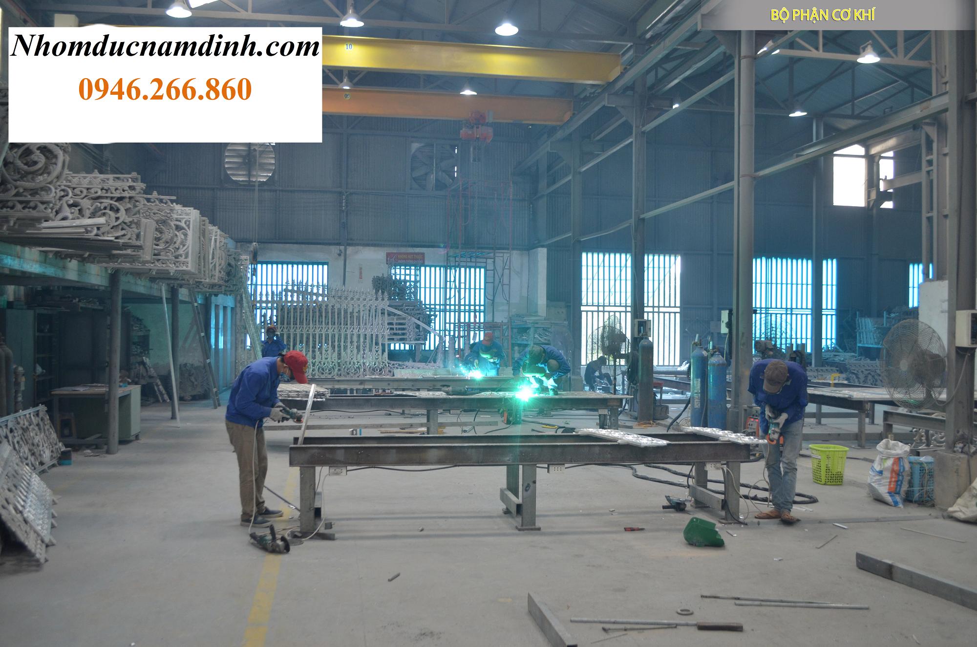 Công ty sản xuất cổng nhôm đúc